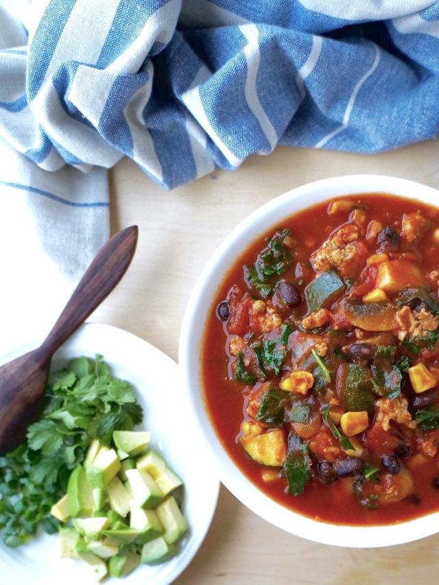 Black Bean Turkey Chili {Breaking Bland Eats}
